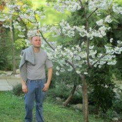 Молодой парень сделает куни девушке в Улан-Удэ